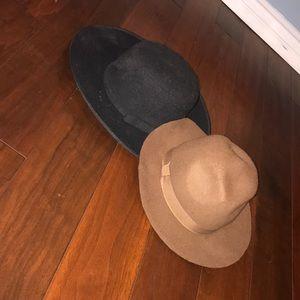 Accessories - Floppy beach hats (2)